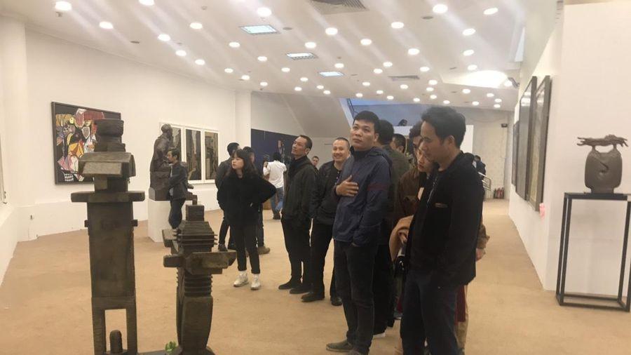 Gần 500 tác phẩm trưng bày tại Triển lãm Mỹ thuật Việt Nam năm 2020