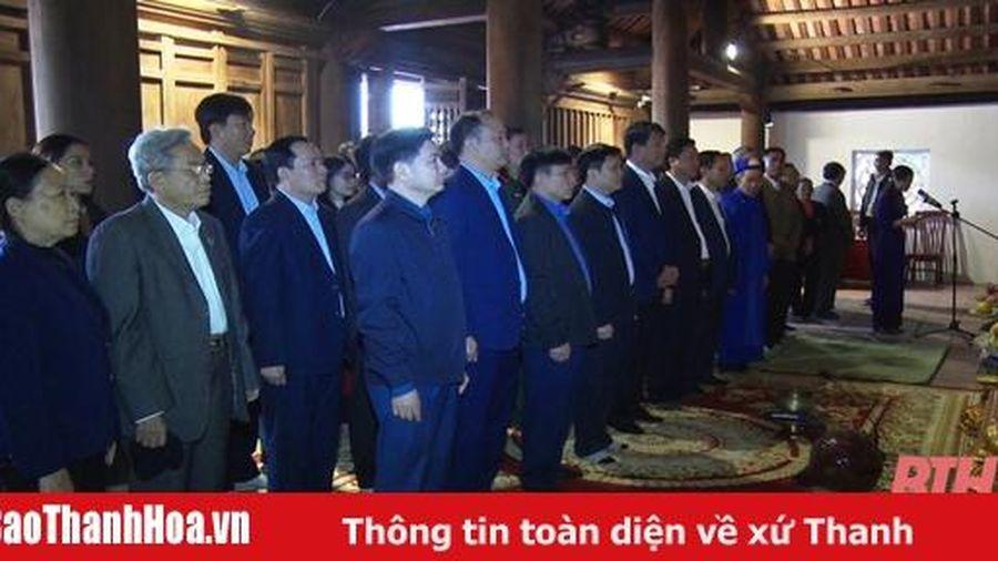 Thị xã Nghi Sơn dâng hương tưởng nhớ danh nhân văn hóa, nhà quân sự Đào Duy Từ
