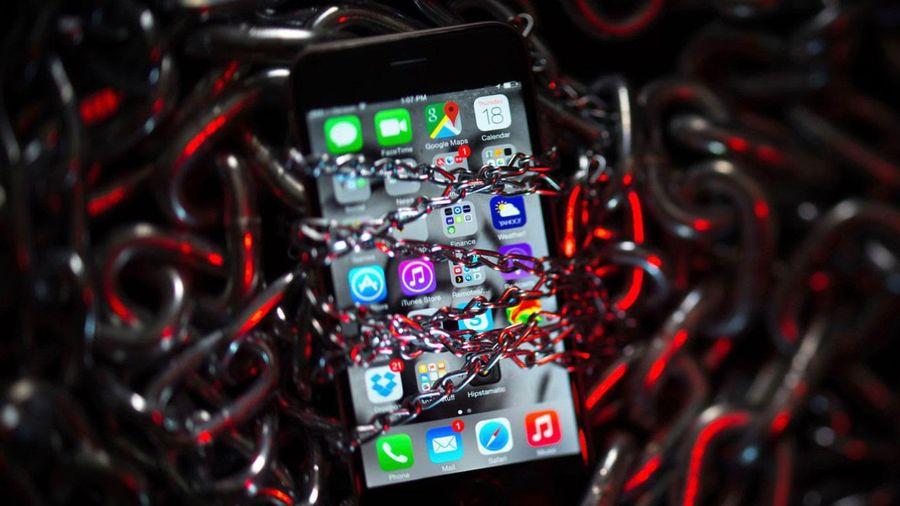 iOS lộ lỗ hổng cực kỳ nghiêm trọng, hacker truy cập iPhone từ xa một cách dễ dàng