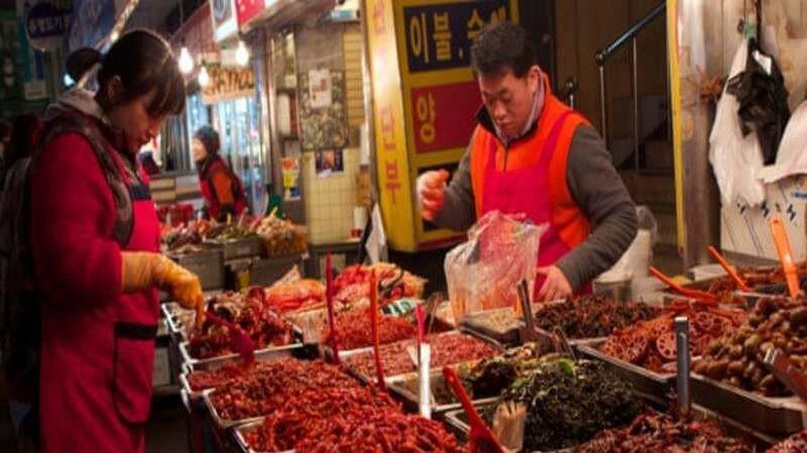 Cư dân mạng Hàn - Trung tranh cãi nảy lửa về kim chi