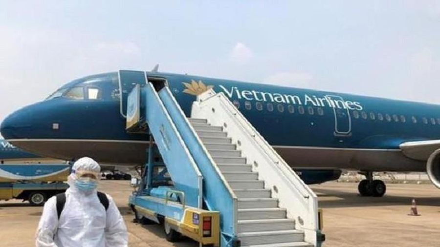 Tạm dừng kế hoạch 33 chuyến bay đưa công dân về nước