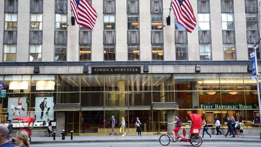 Tác giả Mỹ lo ngại 'siêu nhà xuất bản' sẽ chi phối thị trường sách