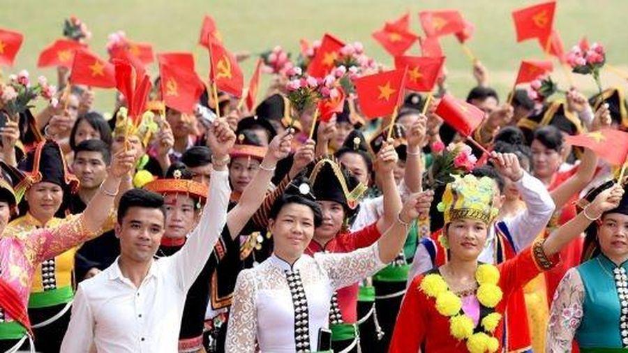 Giao lưu trực tuyến với các đại biểu dự Đại hội toàn quốc các dân tộc thiểu số Việt Nam