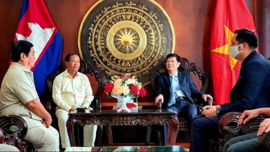 Campuchia tri ân sự giúp đỡ của Việt Nam trong dịp kỷ niệm thành lập Mặt trận