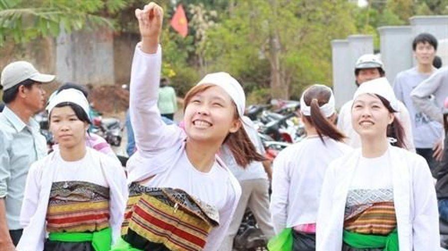 Hơn 600 nghệ nhân, nghệ sĩ tham gia ngày hội văn hóa dân tộc Mường
