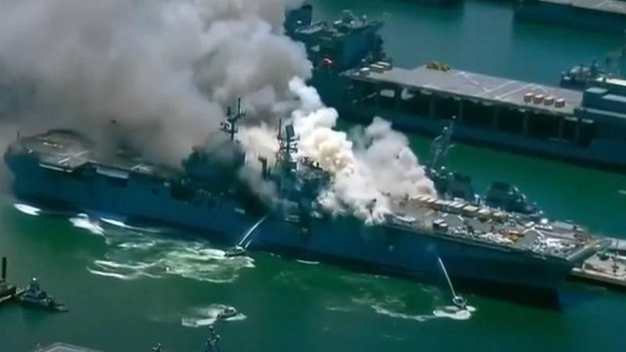 Mỹ loại biên tàu đổ bộ USS Bonhomme Richard vì 'chi phí sửa chữa tốn kém'