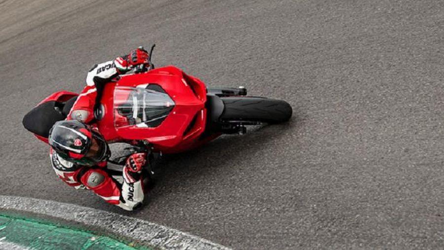Sportbike Ducati Panigale V2 về Việt Nam, giá từ 615 triệu đồng