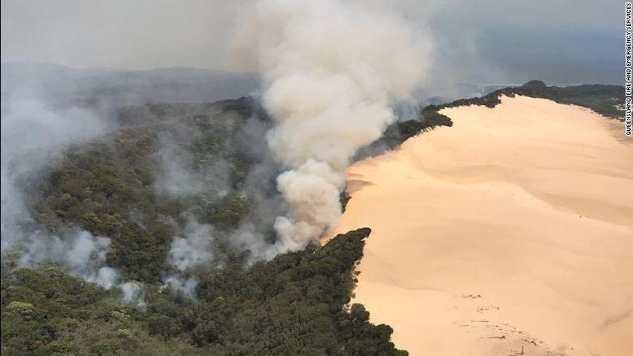 Úc: cháy rừng đe dọa khách du lịch