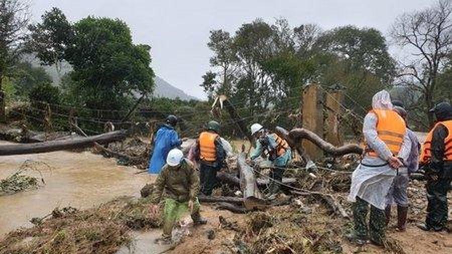 Tìm thấy 1 thi thể du khách bị lũ cuốn trôi ở Lâm Đồng
