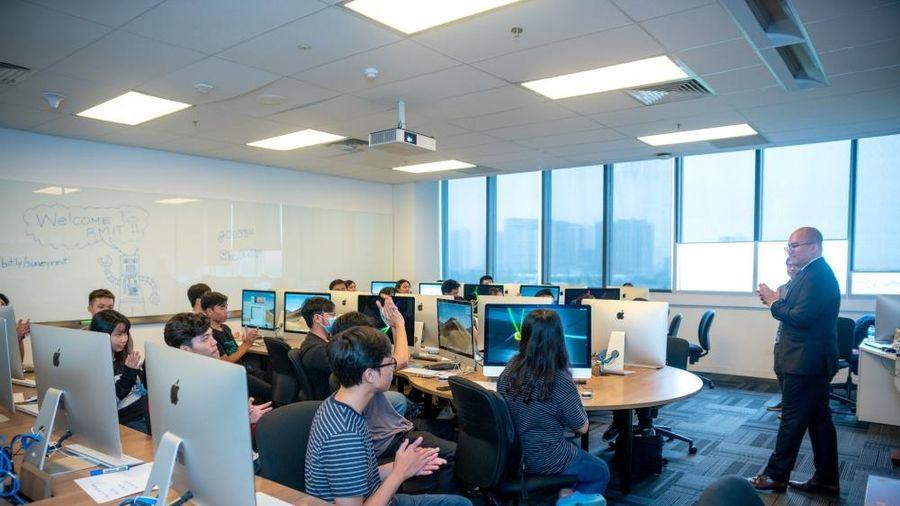 Sinh viên Việt Nam sẽ được đào tạo chuyên sâu về điện toán đám mây