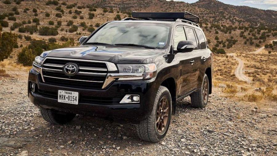 Toyota Land Cruiser mới sẽ ra mắt vào tháng 4/2021?