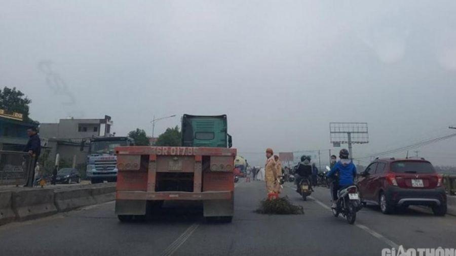 Xe tải tông xe máy, 1 phụ nữ 40 tuổi tử vong tại chỗ