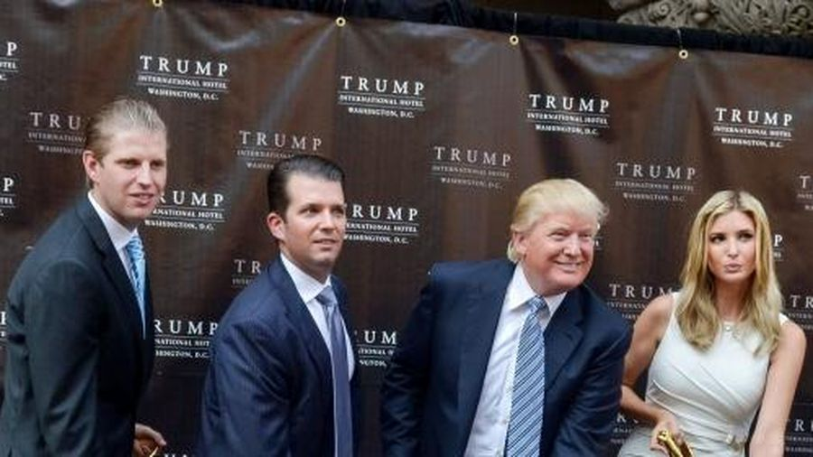 Donald Trump đối mặt vụ kiện tiếp tay công ty đa cấp