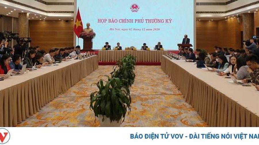 Trưởng đoàn tiếp viên Vietnam Airlines bị đình chỉ công tác 15 ngày