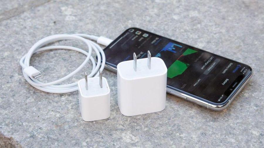 Apple có thể phải trang bị củ sạc cho iPhone 12, lý do bảo vệ môi trường chưa thuyết phục?