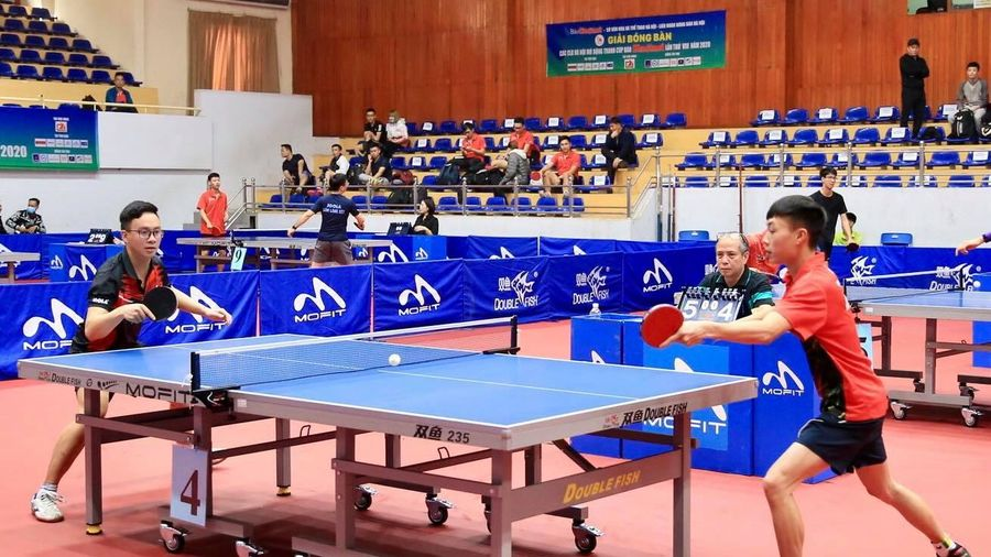 Hơn 300 tay vợt tham gia Giải Bóng bàn các CLB Hà Nội mở rộng, tranh Cúp Báo Hànôịmới năm 2020