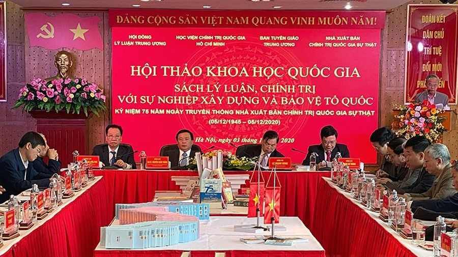 Hội thảo về sách lý luận, chính trị với sự nghiệp xây dựng và bảo vệ Tổ quốc