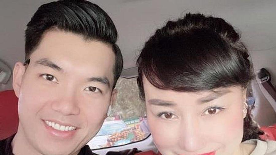'Soái ca' Trương Nam Thành khoe khoảnh khắc tình tứ bên vợ đại gia hơn 15 tuổi