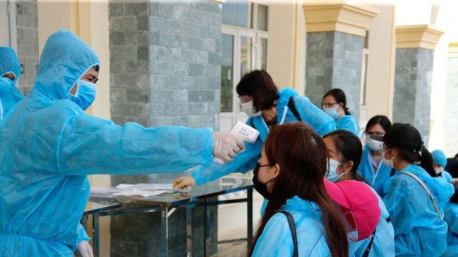 Việt Nam thêm 3 ca mắc mới COVID-19