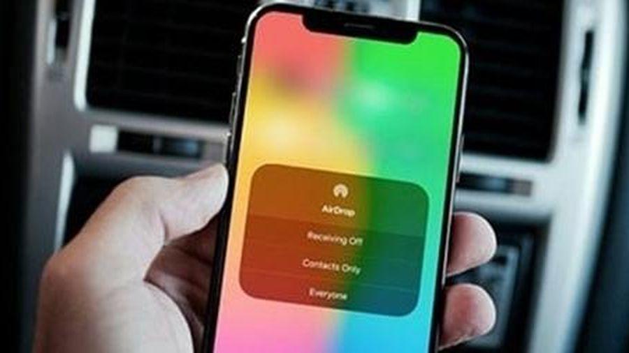 Tin tặc có thể truy cập iPhone từ xa