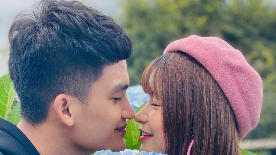 Sắp làm cha, Mạc Văn Khoa đi đăng ký kết hôn