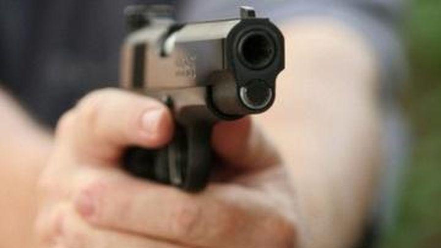 Người vi phạm dọa dùng súng bắn trưởng công an xã