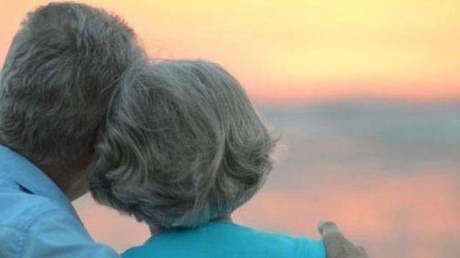 Hỏi vợ cho… bố chồng