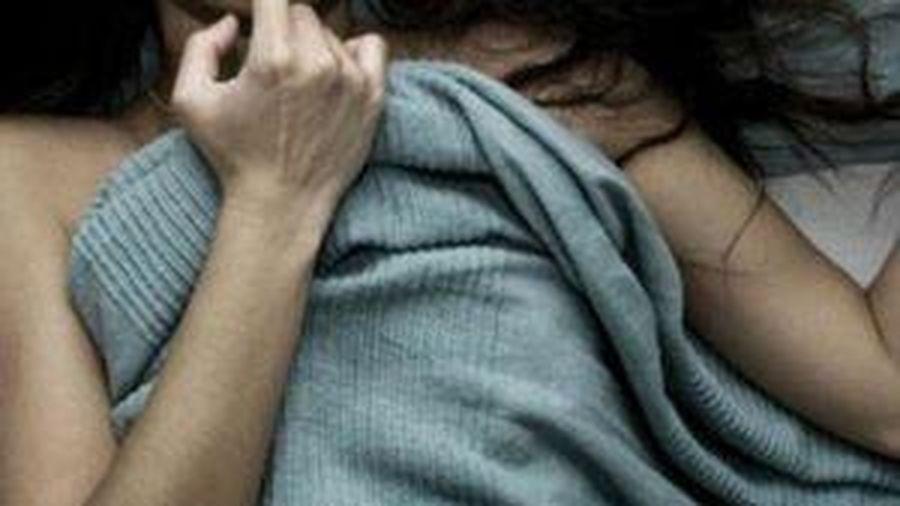 Cô gái 21 tuổi bị cưỡng bức tại quán karaoke