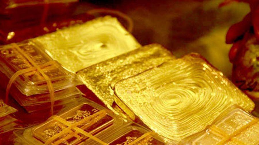 Giá vàng hôm nay 4/12: USD giảm xuống đáy, vàng tăng rực rỡ