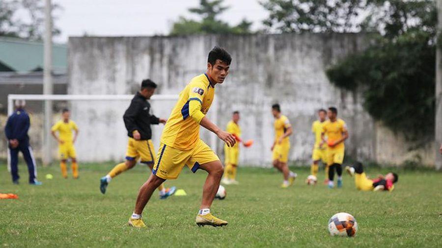 Dương Văn Cường và Vương Quốc Trung của SLNA đầu quân cho đội bóng hạng Nhất