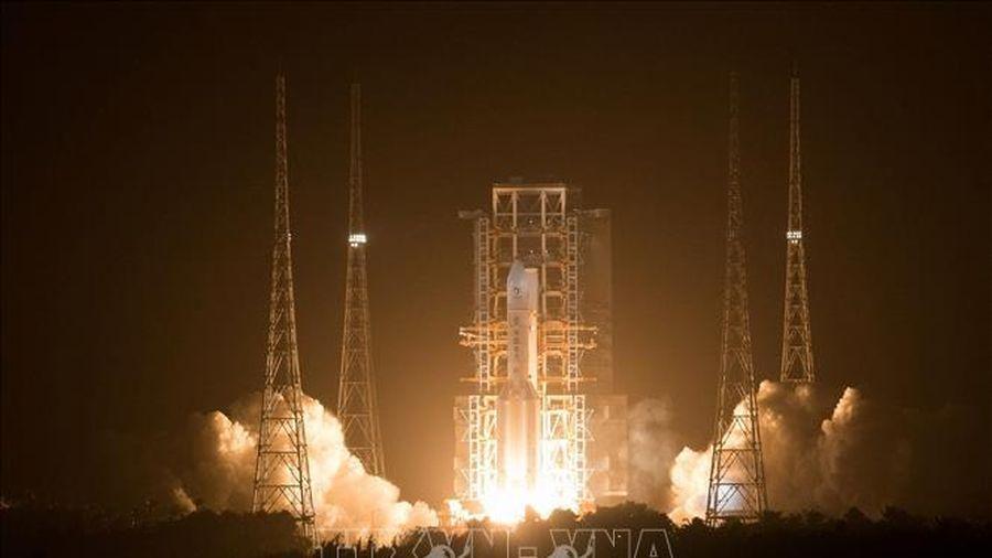 Tàu vũ trụ Thường Nga của Trung Quốc bắt đầu hành trình trở về Trái Đất