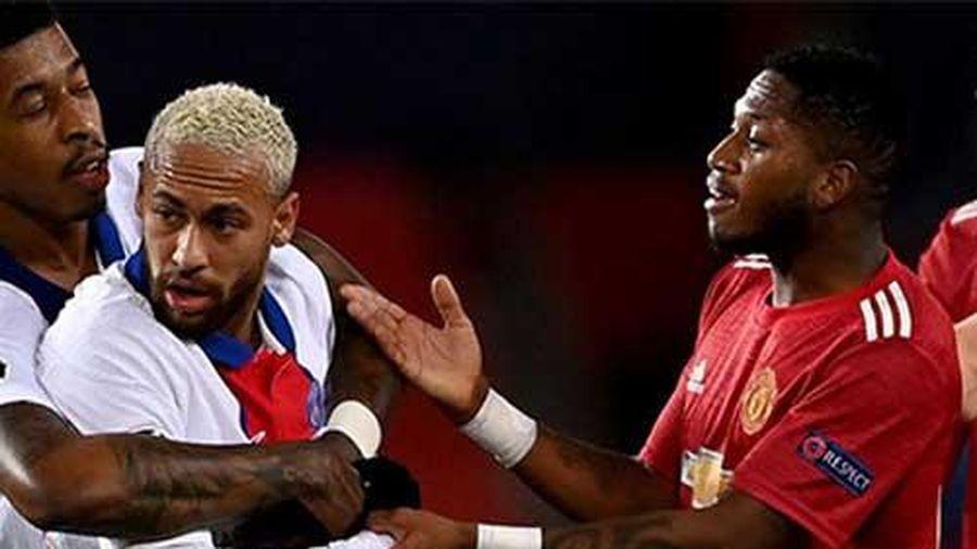 Fred nói gì sau khi là tội đồ khiến M.U thua PSG?