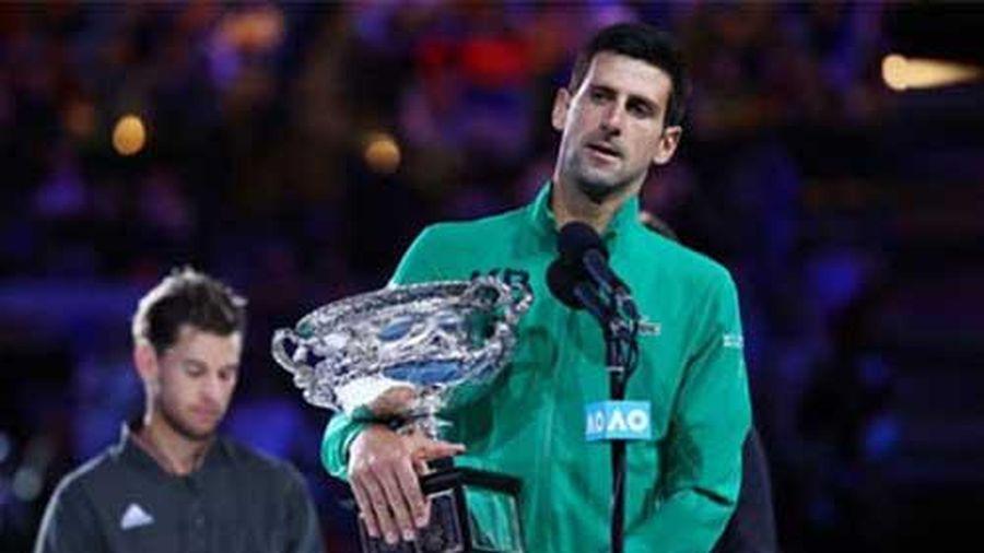 Djokovic kiếm tiền thưởng nhiều nhất năm, Thiem qua mặt Nadal