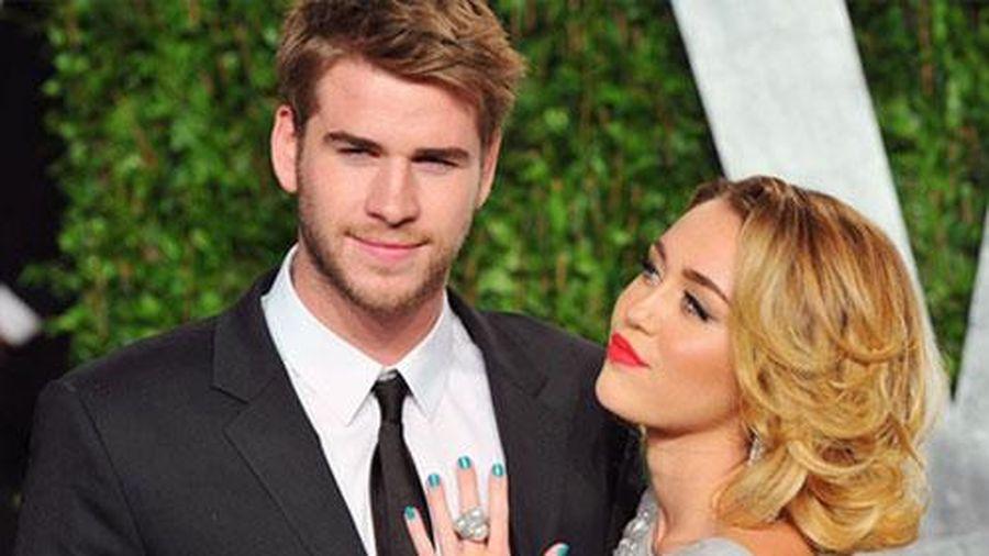 Liam Hemsworth không phiền lòng về Miley Cyrus
