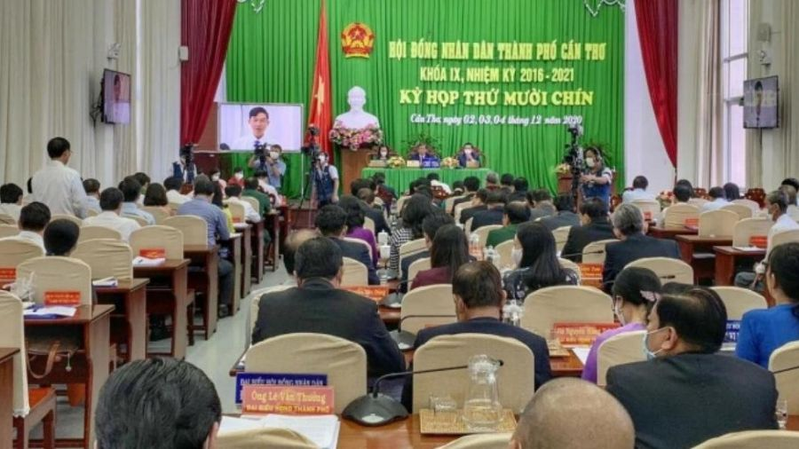 Đại biểu HĐND TP Cần Thơ chất vấn nhiều vấn đề 'nóng' về giao thông
