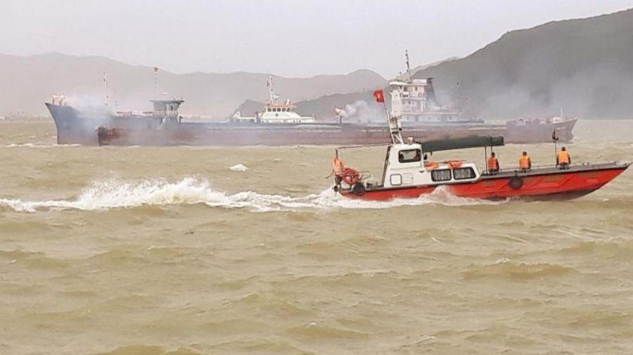 Tàu va chạm liên hoàn, nhiều người rơi xuống biển Quy Nhơn, cứu hộ thế nào?