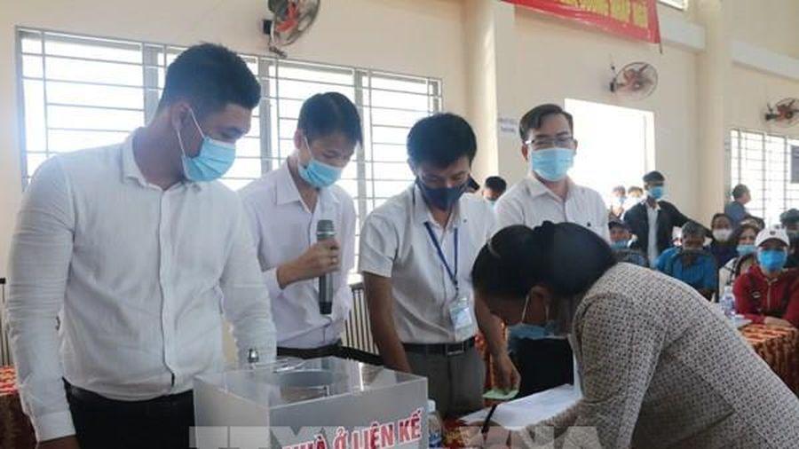 Gần 100 hộ dân đầu tiên bốc thăm nhận đất tái định cư dự án sân bay Long Thành