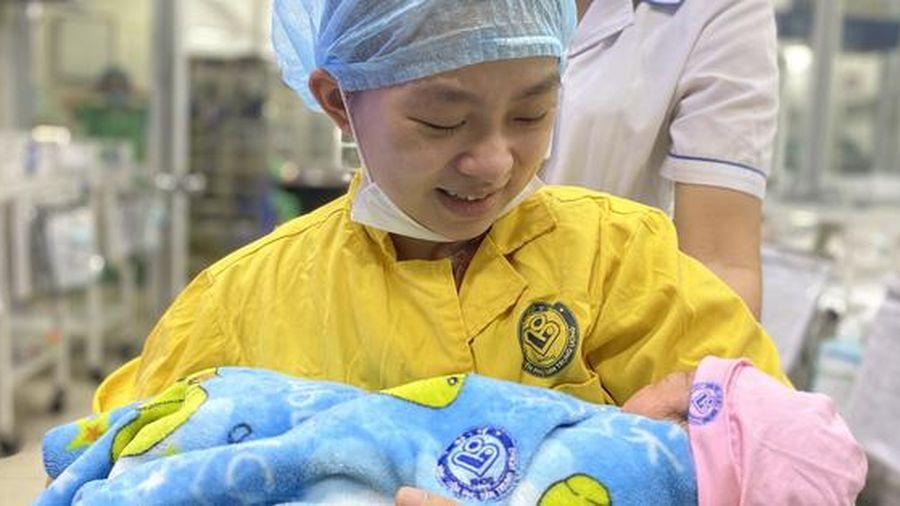 Kỳ tích cứu sống mẹ con sản phụ mang thai 30 tuần bị tai nạn giao thông tưởng không qua khỏi