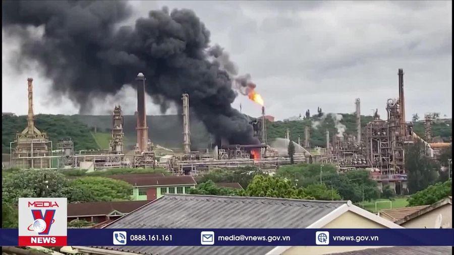 Nổ nhà máy lọc dầu lớn thứ 2 Nam Phi