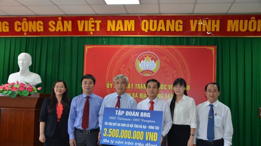 OSC Việt Nam trao 3,5 tỷ đồng cho Quỹ 'An sinh xã hội tỉnh'