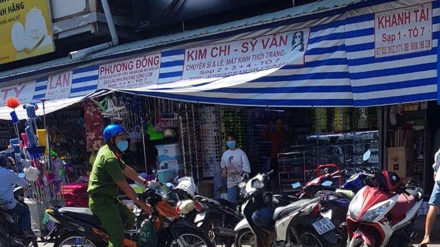 Trọng án tại chợ Kim Biên: Nữ Trưởng ban quản lý tử vong, kế toán bị thương