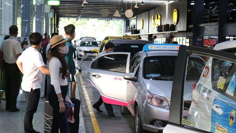 Tình hình giao thông tại sân bay Tân Sơn Nhất được cải thiện rõ rệt