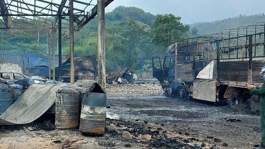 Một người Việt tử vong trong vụ cháy kho vật tư Hải quan Lào
