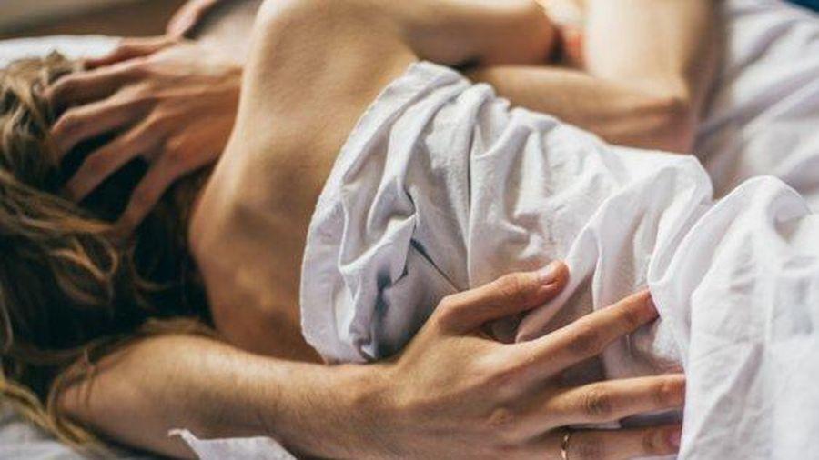 Quan hệ tình dục bao nhiêu là quá nhiều? Chuyên gia chỉ ra những tác hại khi 'yêu' quá sức