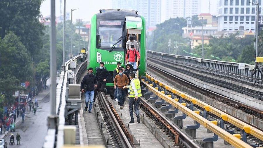 Metro Hà Nội huy động gần 700 người tập huấn chạy thử tàu Cát Linh - Hà Đông