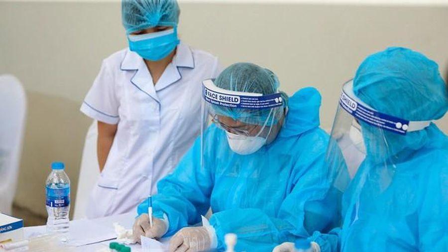 Hà Nội thông tin 2 trường hợp dương tính SARS-CoV-2