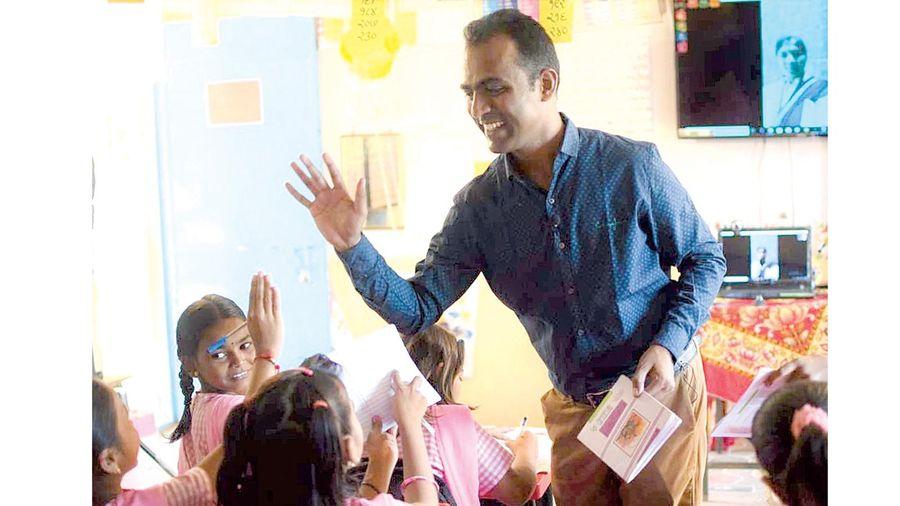 Giải thưởng Giáo viên toàn cầu 2020 vinh danh thầy giáo Ấn Độ