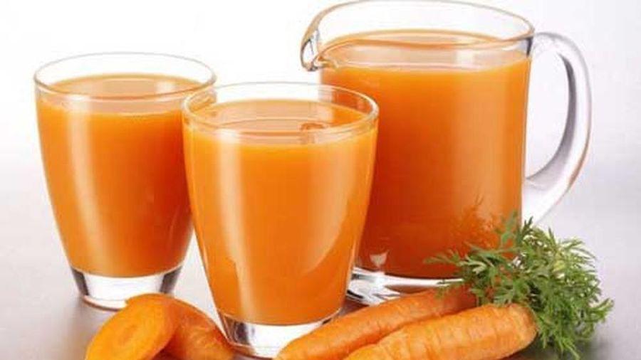 Những người không nên uống nước ép cà rốt