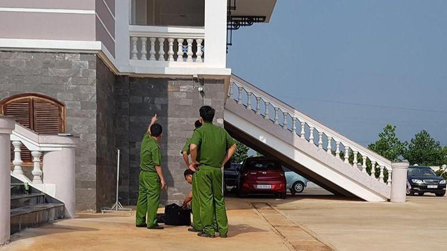 Vụ nhảy lầu tự tử ở Tòa án Bình Phước: Đình chỉ điều tra bị can