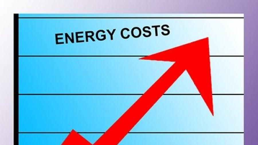 Thị trường năng lượng quốc tế: Giá xăng, khí ga, dầu thô đồng loạt tăng giá trong phiên cuối tuần